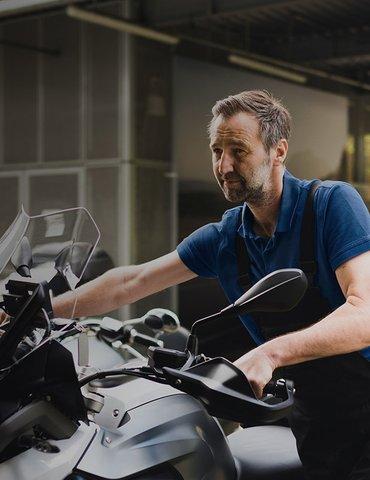 Zimný servis a zazimovanie motocykla s výhodami.