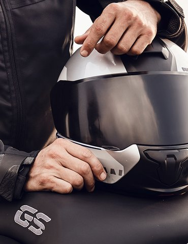 Získajte zľavu 100€ pri kúpe novej prilby System 7 Carbon